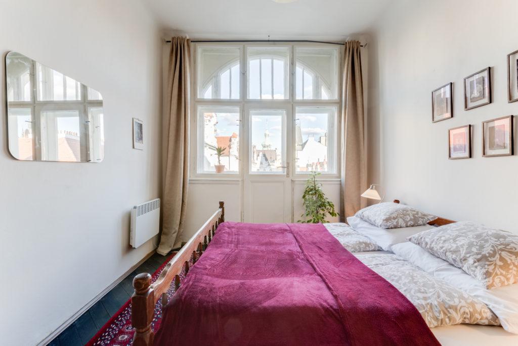 Prague Airbnb: Old Town Jewish Quarter Hideaway